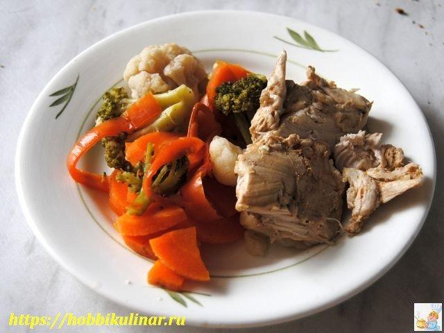 Курица с овощами диетическая