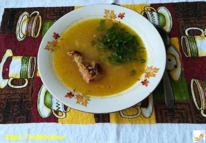 суп с копчёными рёбрами