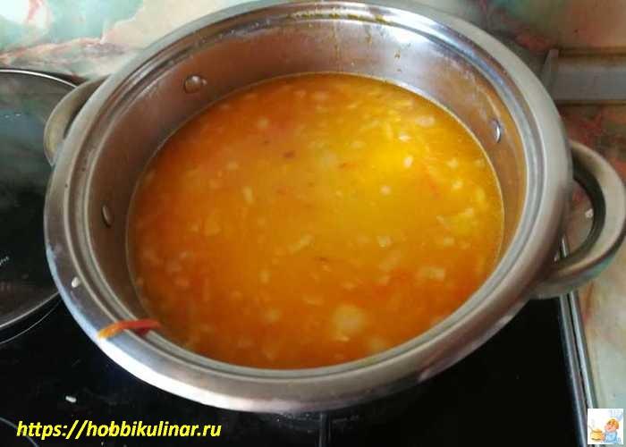 размешиваем суп