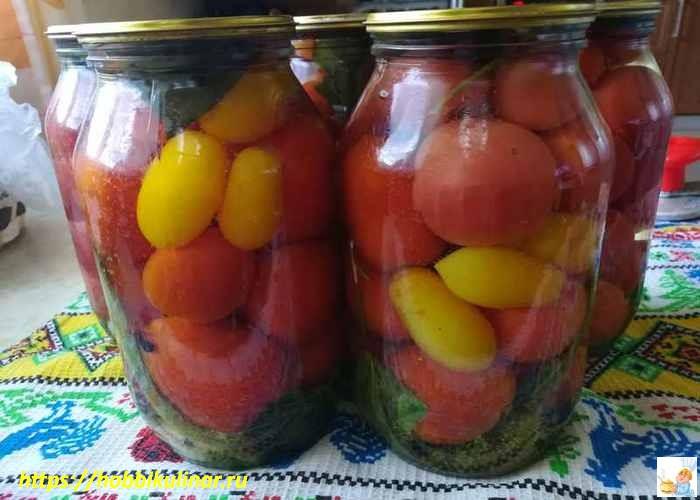 маринованные помидоры в банке