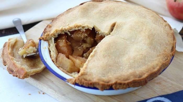пирок с яблоками