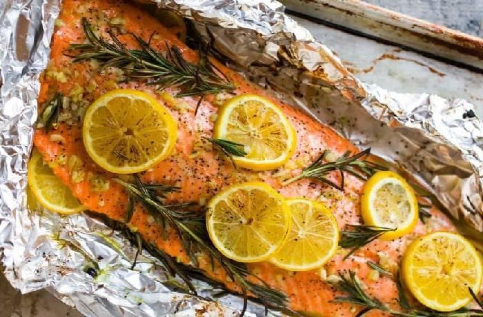 лосось в духовке в фольге